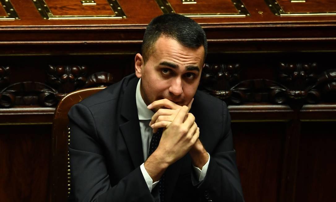 Vice-premier e ministro do Trabalho da Itália, Luigi Di Maio particpa de sessão no Parlamento; jovem político é líder do Movimento Cinco Estrelas Foto: ALBERTO PIZZOLI / AFP