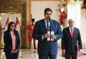 Presidente venezuelano, Nicolás Maduro, em discurso no Palácio de Miraflores Foto: FRANCISCO BATISTA / AFP