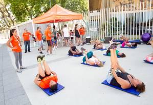 Exercício físico ao ar livre Foto: Divulgação/SESI