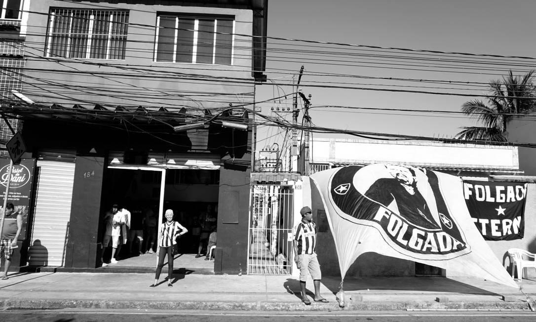 """""""Quando eu estava fotografando as reações durante aos jogos, fiquei impressionada com a sua popularidade"""" Foto: Luiza Moraes / Agência O Globo"""