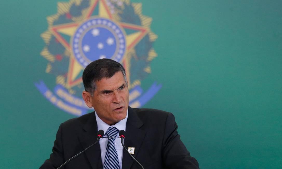 Santos Cruz: bronca em Barbosa Foto: Pablo Jacob/Agência O Globo/02-01-2019