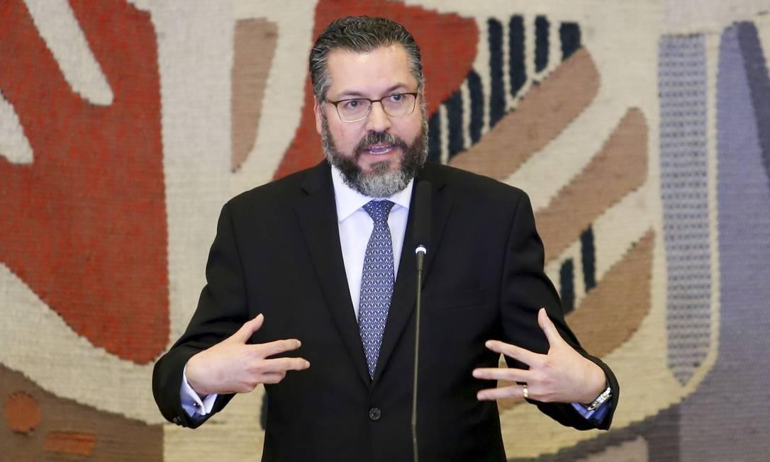 O novo ministro das Relações Exteriores, Ernesto Araújo, durante solenidade de transmissão de cargo Foto: Fabio Rodrigues Pozzebom/Agência Brasil/02-01-2019