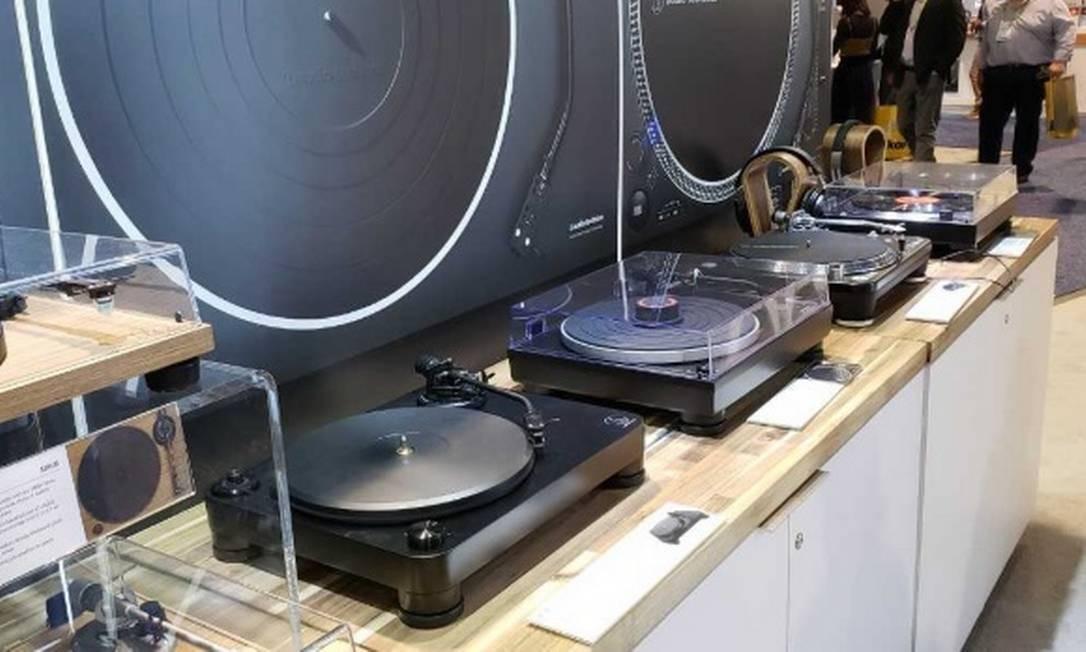 Audio-Technica lançou uma dezena de novos modelos que vêm com saída USB para conectar no computador Foto: Bruno Rosa