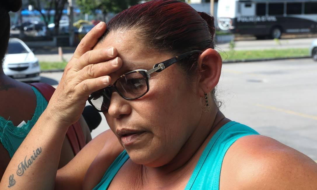 Josilene: 'A morte do meu marido não pode ficar impune. Esses ônibus velhos, caindo aos pedaços, não podem continuar matando as pessoas' Foto: Pedro Teixeira / Agência O Globo