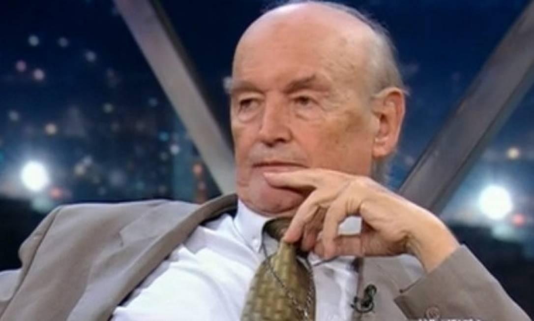 Padre Quevedo em entrevista no Programa do Jô, na TV Globo Foto: Reprodução