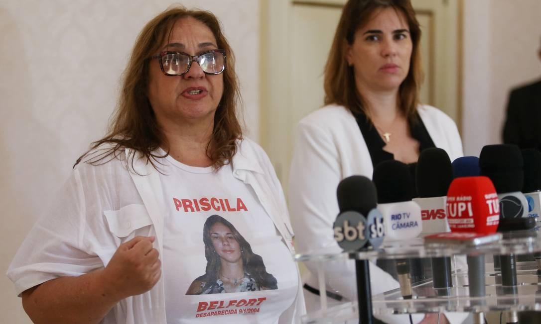 Jovita Belford fala ao lado de Fabiana Bentes, secretária de Desenvolvimento Social e Direitos Humanos Foto: Fabiano Rocha / Agência O Globo