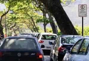 Seguro obrigatório tem que ser pago separado do IPVA Foto: Roberto Moreyra / Agência O Globo