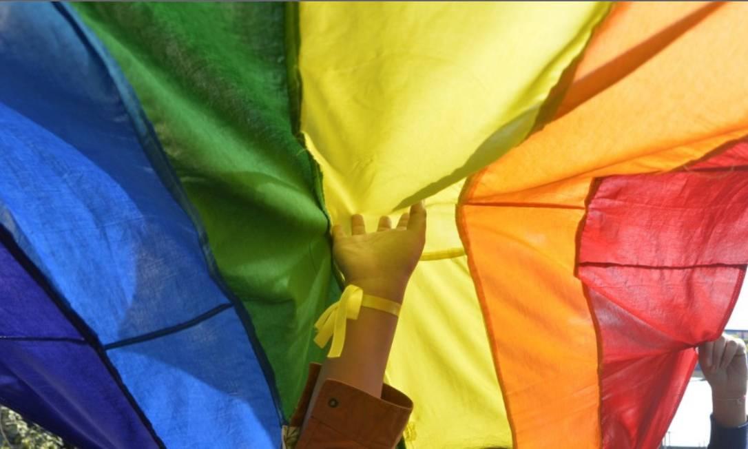 """A terapia de conversão, também conhecida como """"cura gay"""", pode incluir hipnose e choques elétricos e baseia-se na crença de que ser lésbica, gay, bissexual ou transgênero é uma doença mental Foto: AFP"""