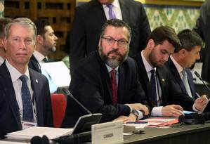 O ministro das Relações Exteriores, Ernesto Araújo, durante reunião do Grupo de Lima Foto: MAari / Mariana Bazo/Reuters/04-01-2019