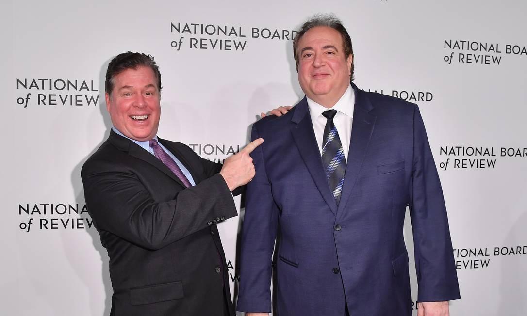 Brian Currie, à esquerda, e Nick Vallelonga, roteiristas de