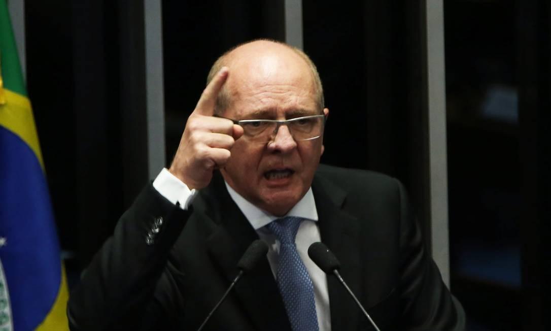 O senador Paulo Bauer (PSDB-SC) é um dos tucanos que integra o governo Bolsonaro Foto: Givaldo Barbosa / Agência O Globo