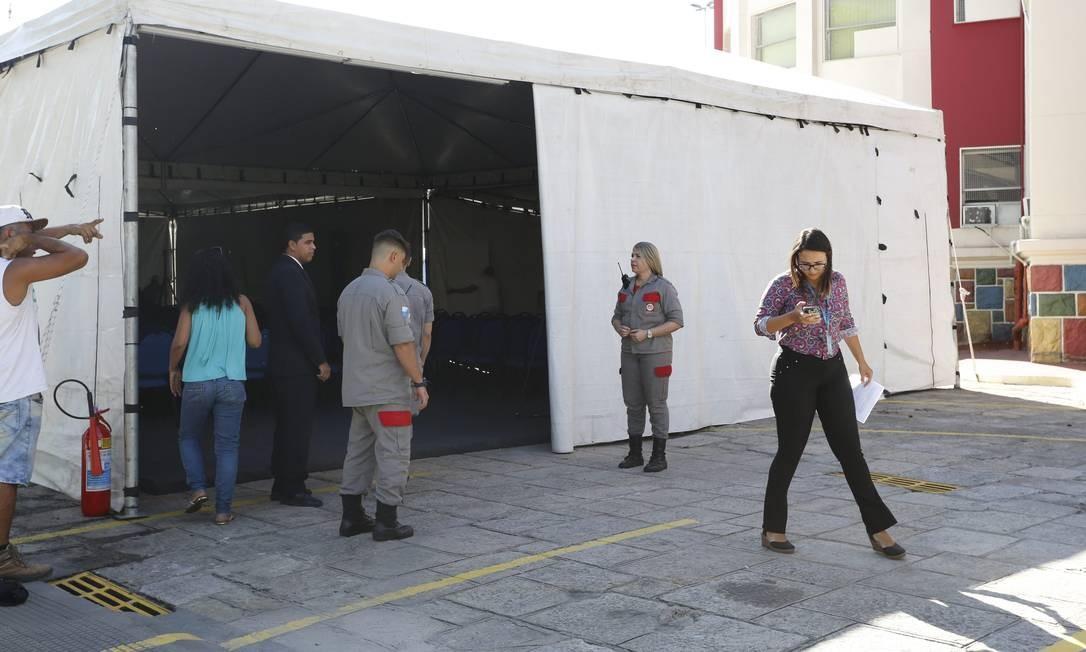 Orçado para 300 pessoal, o coquetel da cerimônia custou R$ 20 mil Foto: Domingos Peixoto / Agência O Globo