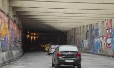 O Noel Rosa é um dos cinco túneis da cidade que receberão melhorias Foto: Agência O Globo / ana branco/16-08-2018