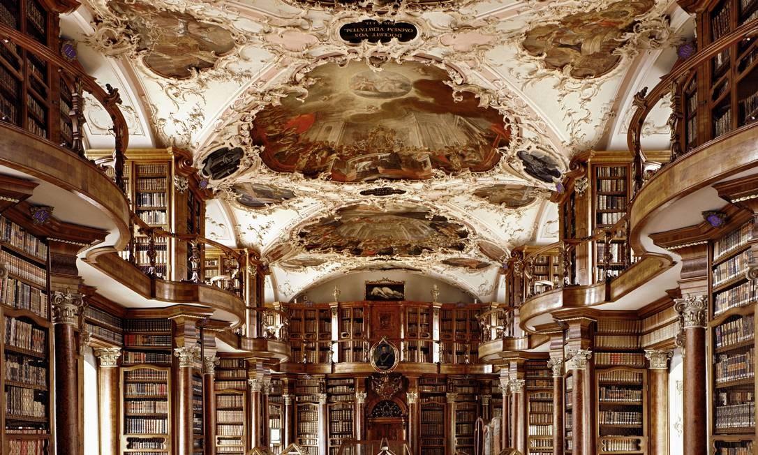 Stiftsbibliothek Sankt Gallen, em St. Gallen, Suíça Foto: Massimo Listri / Divulgação