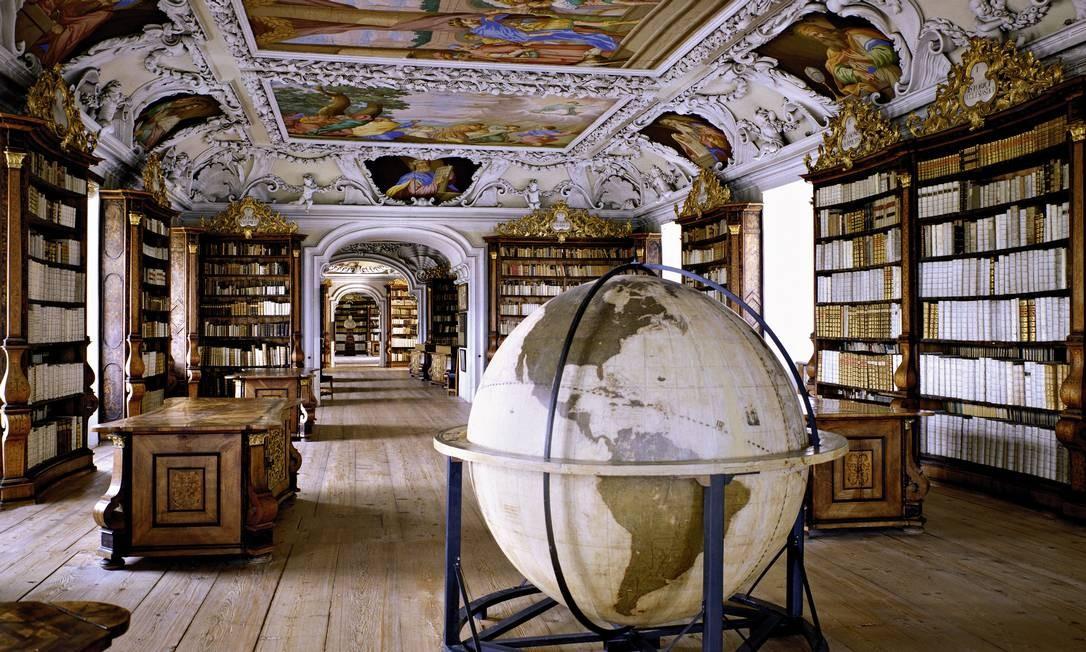 Stiftsbibliothek Kremsmünster, em Kremsmünster, na Áustria Foto: Massimo Listri / Divulgação