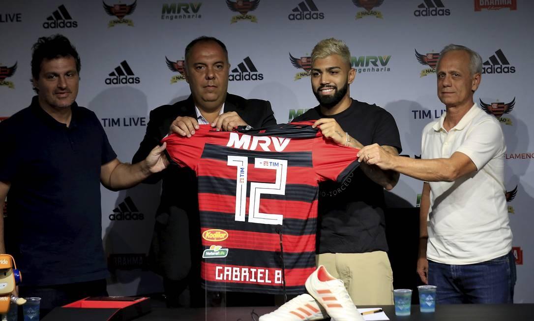 Resultado de imagem para apresentação Gabigol Flamengo 2019