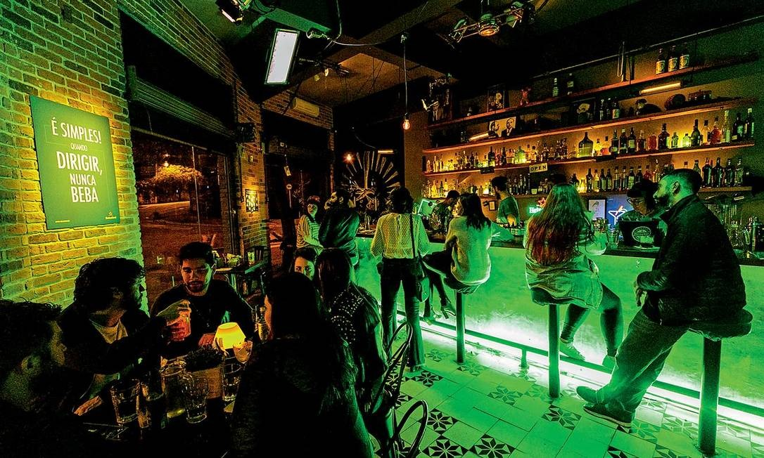 O experimento em ação no bar IPO, em São Paulo. Ação foi testada inicialmente na Inglaterra e faz parte da iniciativa global de consumo consciente da Heineken Foto: Mariana Pekin