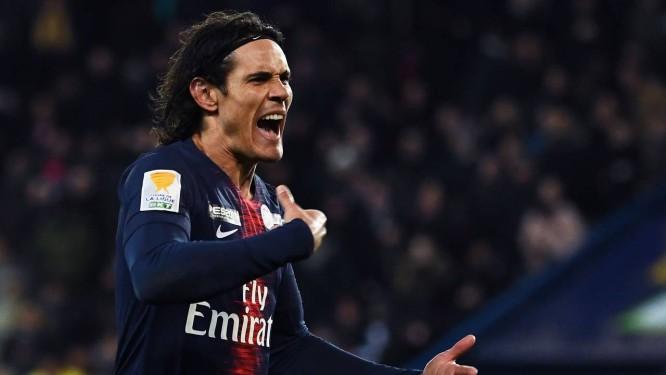 Cavani marcou um dos gols na vitória do PSG sobre o Amiens Foto: ANNE-CHRISTINE POUJOULAT / AFP