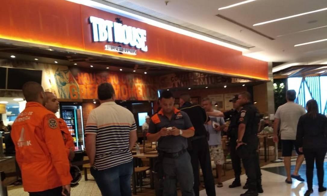 Restaurante fica em ponto movimentado do shopping Foto: Maria Elisa Alves / O GLOBO