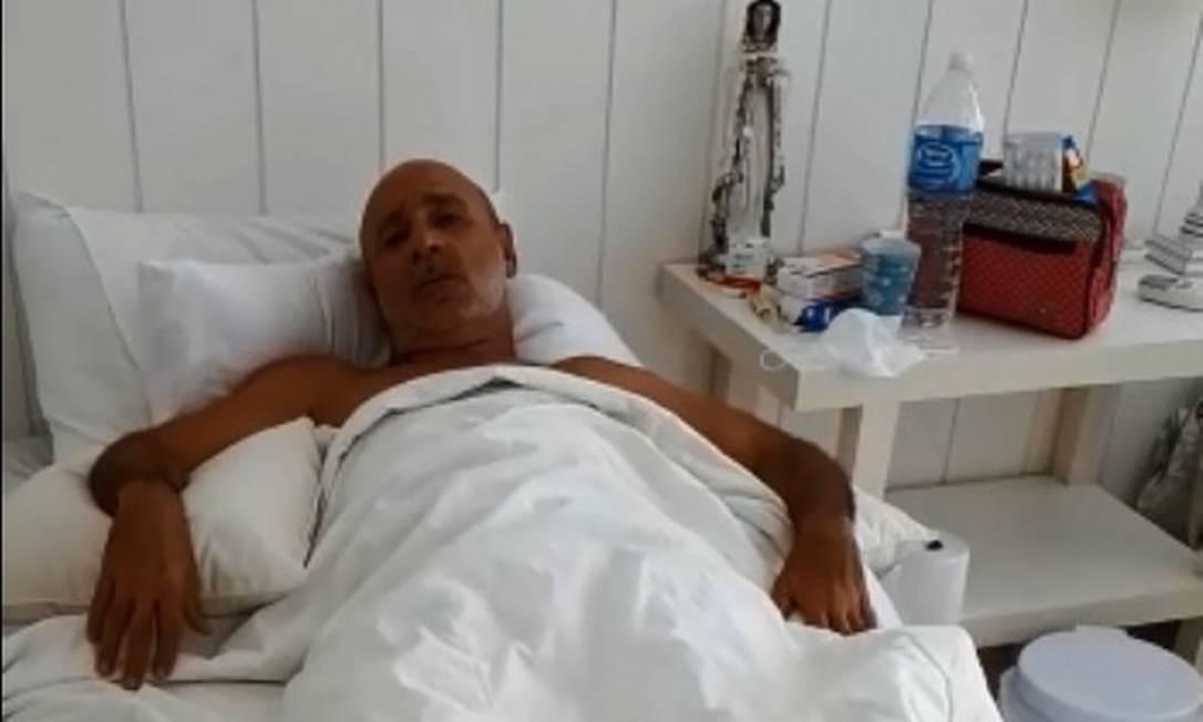 Em gravação divulgada neste sábado, Queiroz se diz revoltado com repercussão de vídeo em que aparece dançando no hospital Foto: Reprodução