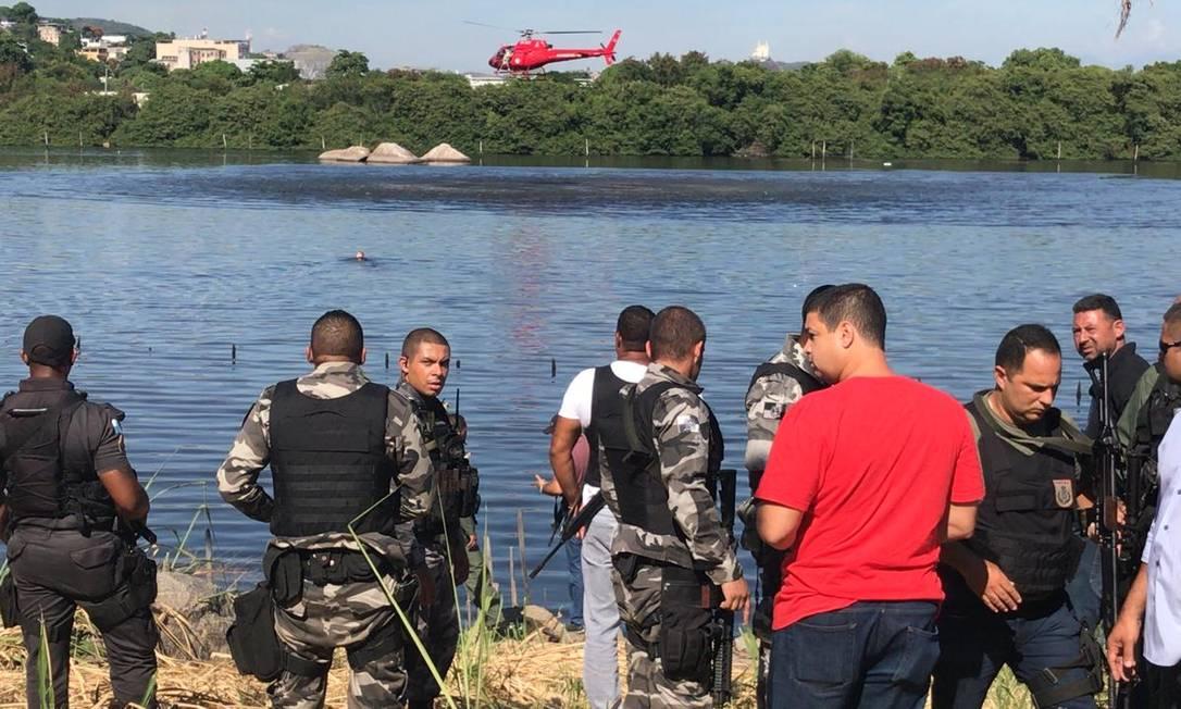 Na pandemia, governo do Rio deve usar helicópteros nas operações policiais apenas em casos excepcionais Foto: Roberto Moreira / Agência O Globo