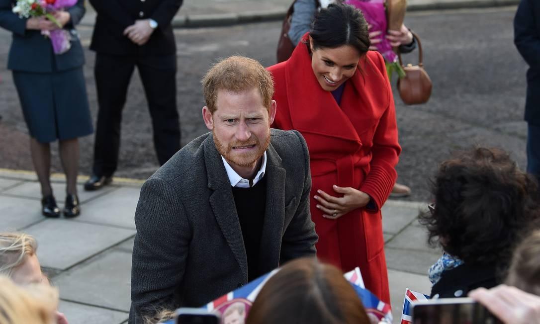 """Harry aproveitou para fazer """"gracinhas"""" para o público presente Foto: PAUL ELLIS / AFP"""