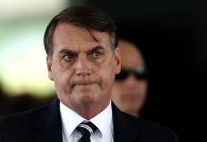 O presidente Jair Bolsonaro deixa o Ministério da Defesa após almoço com ministros Foto: Jorge William/Agência O Globo/14-01-2019