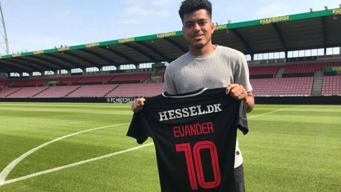 Vasco acerta venda do meia Evander para time da Dinamarca - Jornal O ... 3f7c520377c0f