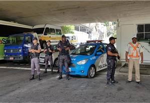 Agentes da PM e da Guarda Municipal na Operação Paineiras, no Cosme Velho Foto: Divulgação / PMERJ