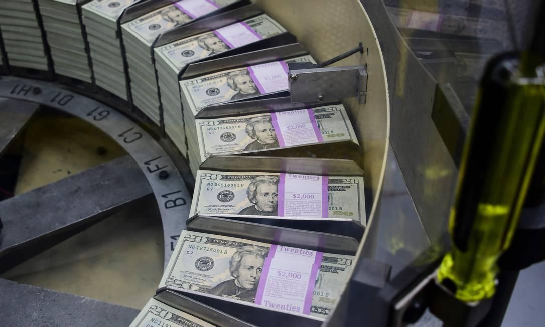 Grandes economias do mundo estão a caminho da desaceleração, diz relatório Foto: EVA HAMBACH / AFP