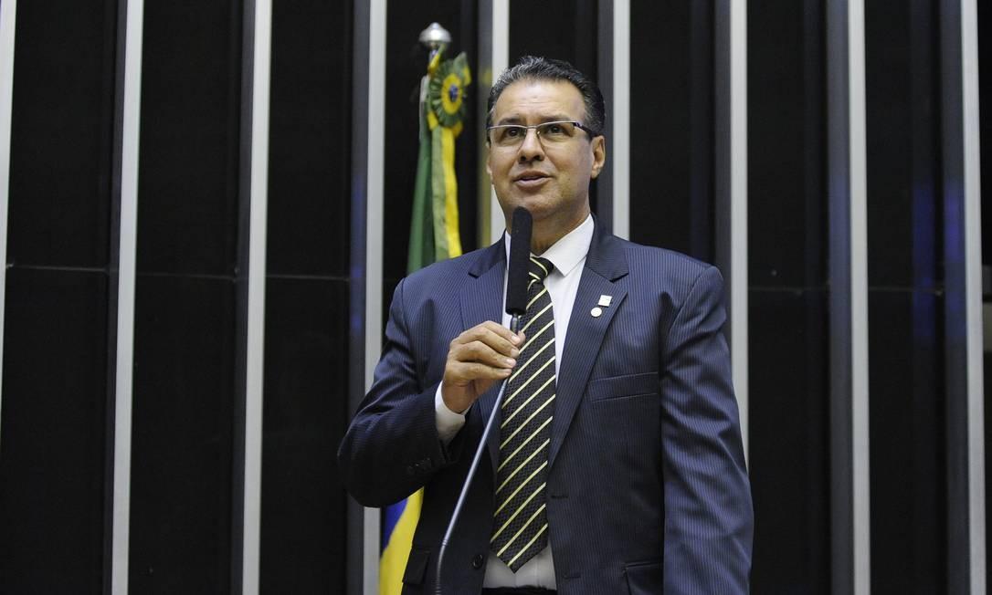 O deputado Capitão Augusto (PR-SP), durante sessão no plenário da Câmara Foto: Luis Macedo/Câmara dos Deputados/12-11-2018