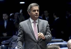 O senador Aécio Neves (PSDB-MG), durante sessão no plenário do Senado Foto: Waldemir Barreto/Agência Senado