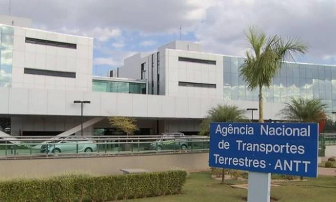 Fachada da Agência Nacional de Transportes Terrestres (ANTT), em Brasília Foto: Agência O Globo