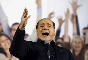 Silvio Berlusconi faz discurso na cidade de Bologna, na Itália, em 2015 Foto: Stefano Rellandini / REUTERS