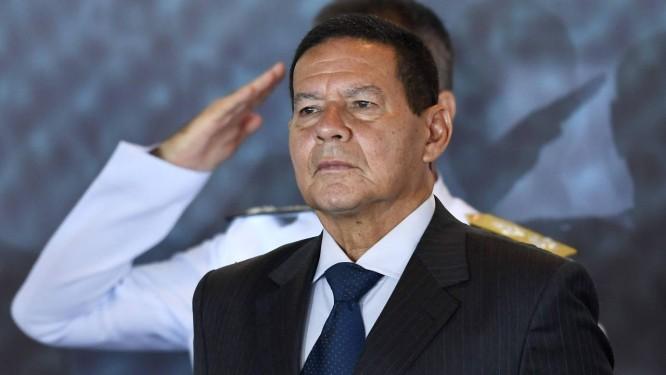 O vice-presidente Hamilton Mourão participa de cerimônia de troca de comando da Marinha Foto: Evaristo Sá/AFP/09-01-2019