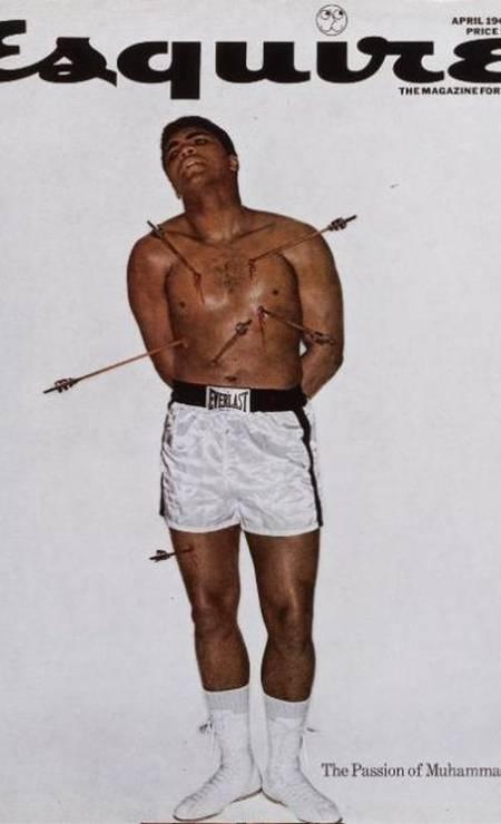 """NOCAUTE: Alvo de críticas, o boxeador Muhammad Ali encarnou o mártir na capa da revista """"Esquire"""", em 1968 Foto: Reprodução"""