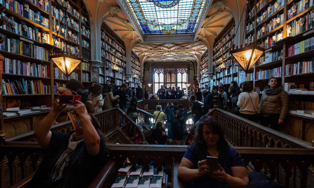 Mais de um milhão de pessoas visitam a livraria todos os anos Foto: MIGUEL RIOPA / AFP