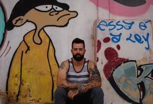 Luiz Eduardo Borges quer arma para usar no seu comércio Foto: Daniel Marenco / Agência O Globo