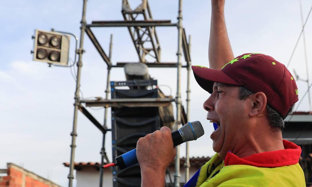 Henri Falcón disputou a Presidência com Nicolás Maduro em maio Foto: MARCO BELLO / Reuters