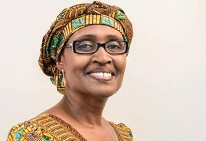 Diretora executiva da Oxfam, Winnie Byanyima disse que pobres sofrem em dobro, por pagarem mais impostos e serem privados de serviços básicos Foto: Divulgação / Oxfam
