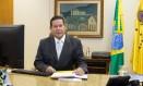 O presidente em exercício, Hamilton Mourão, em seu gabinete Foto: Romério Cunha/Vice-Presidência