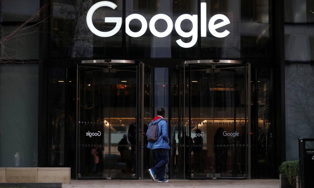 Multa sobre Google é primeira aplicada por órgão europeu após nova lei ter entrado em vigor Foto: HANNAH MCKAY / REUTERS