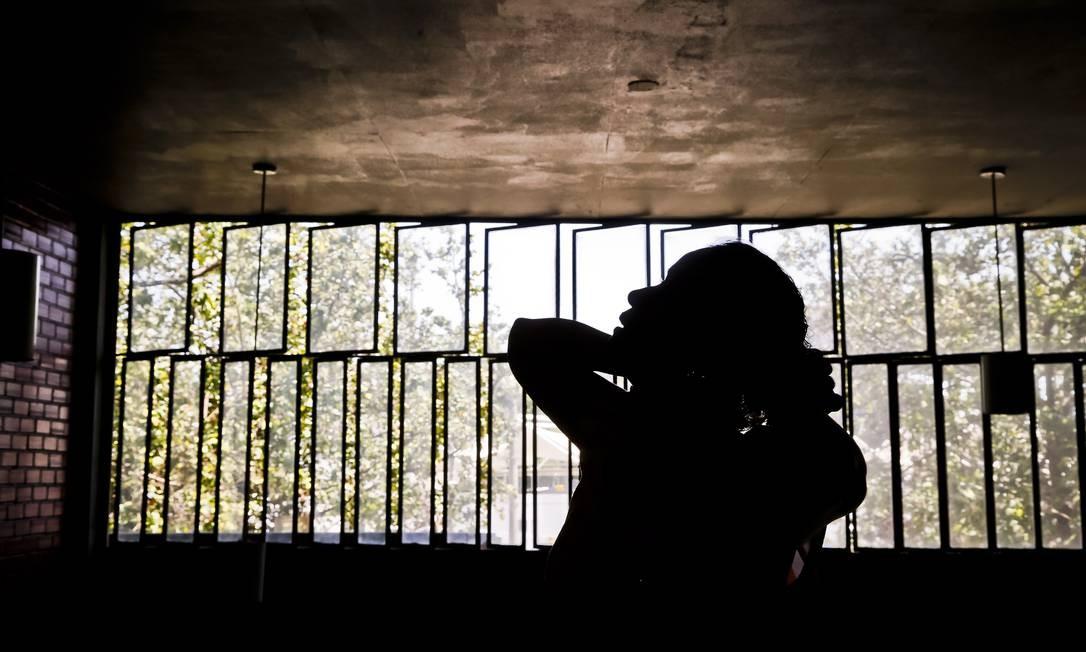 Especialista afirma que alto índice de feminicídios é reação contra 'transformações sociais' Foto: Ivo Gonzalez / Agênca O Globo/12-11-2014