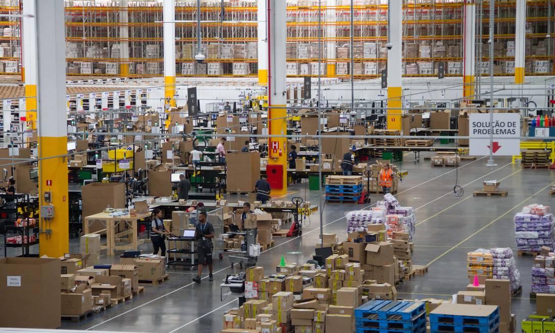 Primeiro centro de Distribuição da Amazon em Cajamar, SP, inaugurado em setembro Foto: Julio Vilela / Agência O Globo