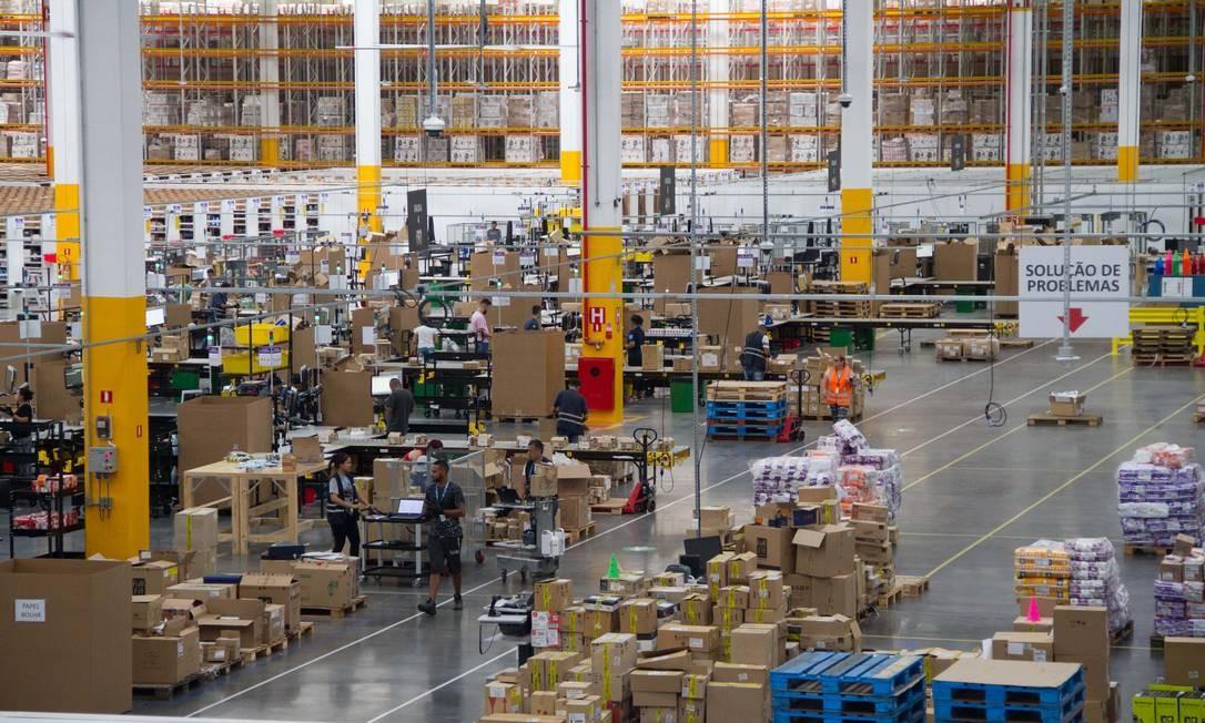 Centro de Distribuição da Amazon em Cajamar, SP Foto: Julio Vilela / Agência O Globo