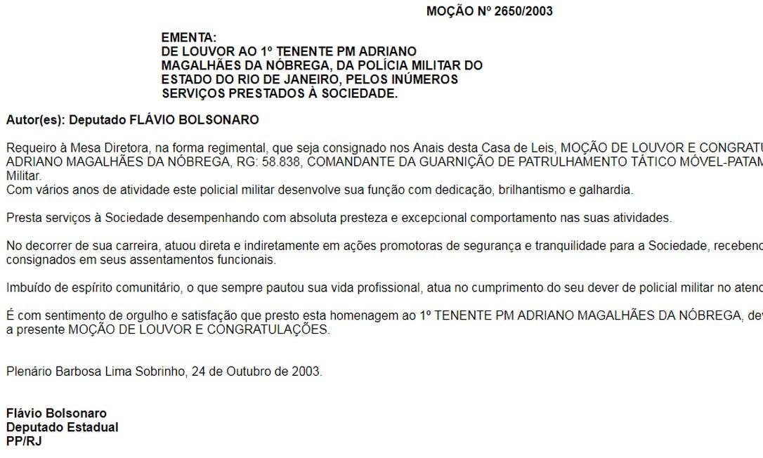 O ex-capitãoAdriano Magalhães da Nóbrega recebeu duas homenagens na Assembleia Legislativa do Rio. As duas indicações partiram doentão deputado estadual Flávio Bolsonaro Foto: Reprodução