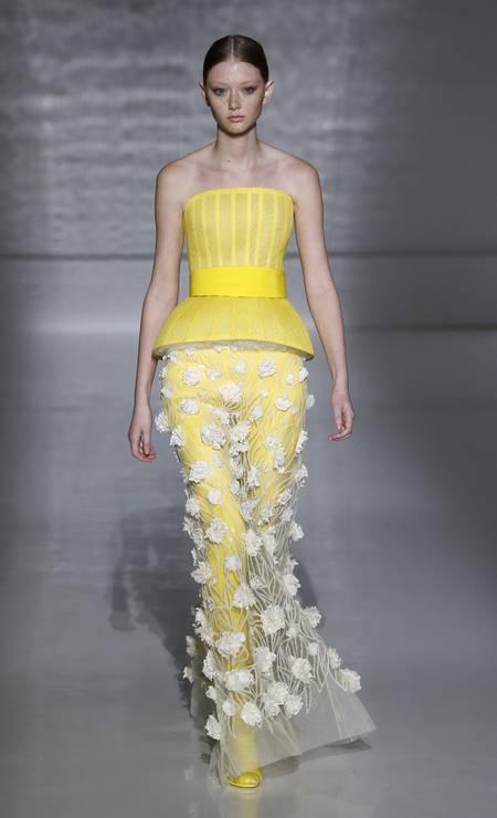 O floral da Givenchy Foto: Estrop / Getty Images