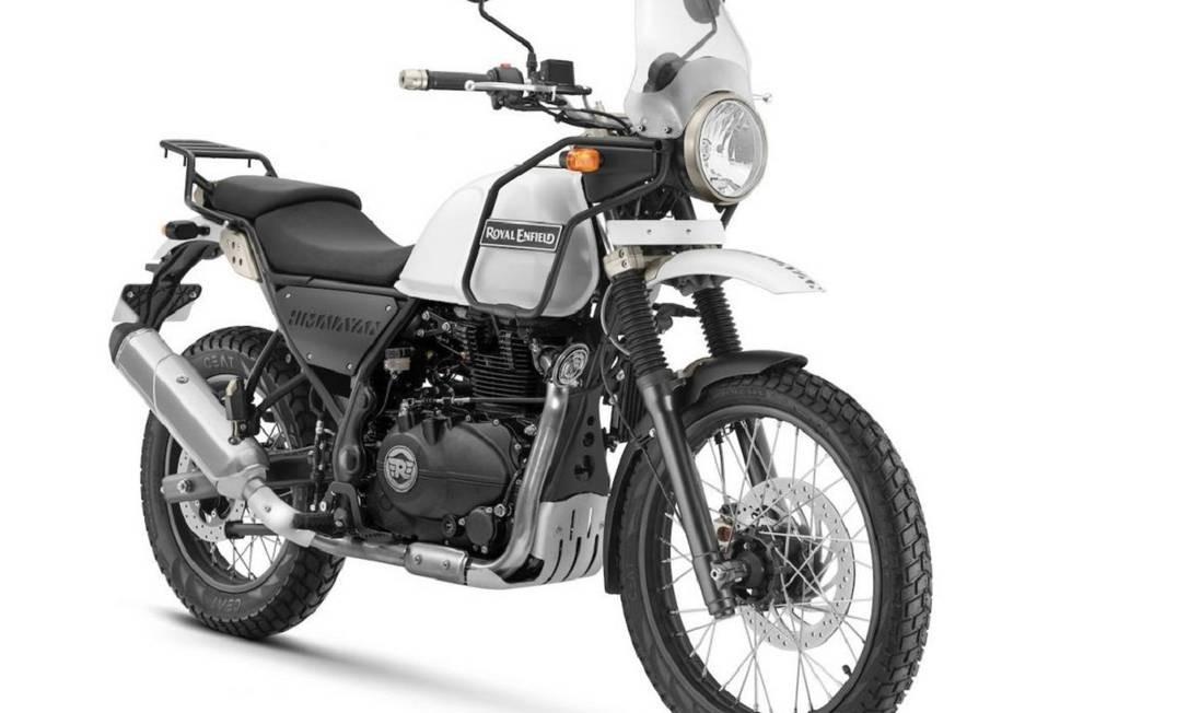Além do visual clássico e trail, a Himalayan usa um motor monocilíndrico de 411 cm³ com injeção eletrônica e que rende 24,5cv Foto: Divulgação