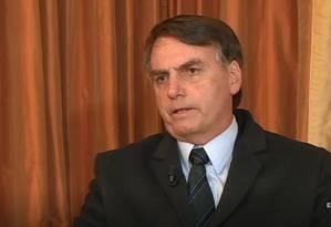 O presidente Jair Bolsonaro tem cirurgia marcada para segunda-feira Foto: Reprodução/Record