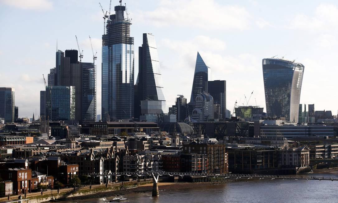 A City, centro de negócios em Londres: banco da realeza é acusado de 'sexismo tácito' Foto: Henry Nicholls / REUTERS